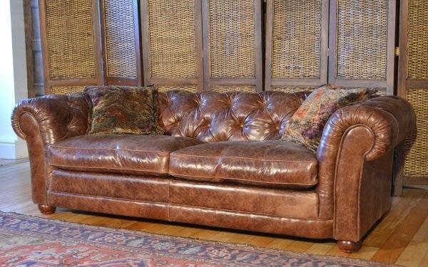 Norton Petit Sofa