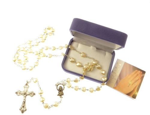 Imitiation pearl heart shaped large rosary beads with grapes crucifix in bo