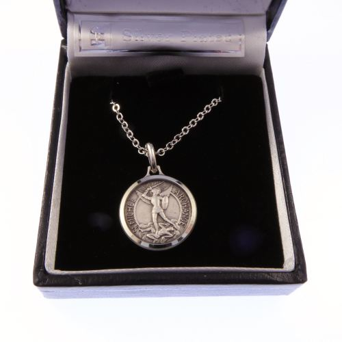 Silver plated St. Michael gift boxed round 1.8cm medal and 18