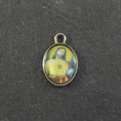 10 Wholesale Sacred Heart Christian medals 1cm pendants yellow
