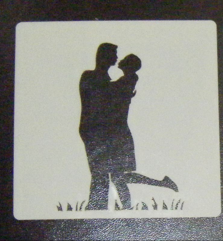 Kissing Couple Stencil