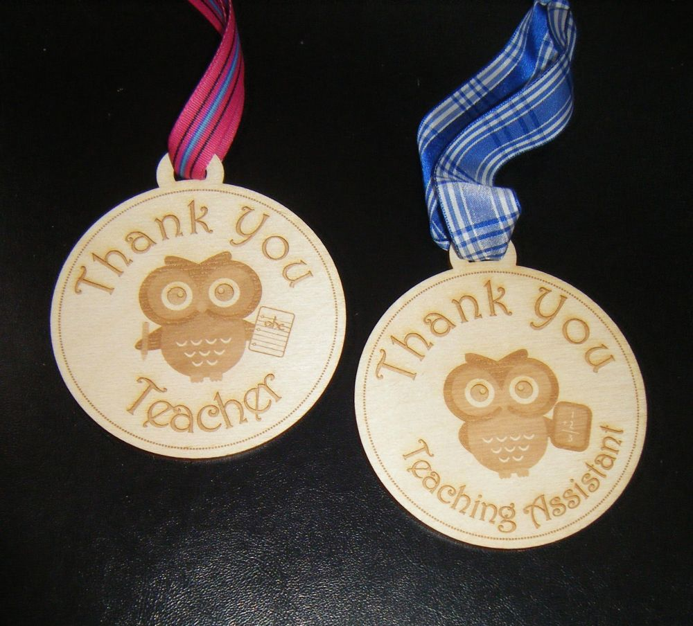 Circle Wood Shape With Teacher or Teaching Assistant Owl