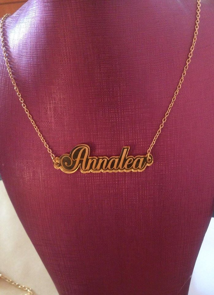 Bespoke Custom Gold or Silver Mirror engraved Name Necklace Style 2