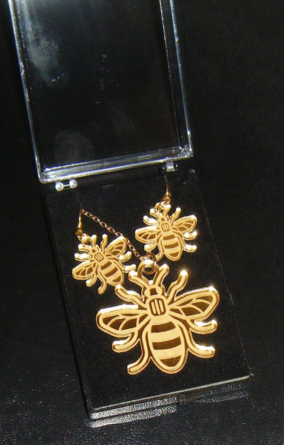 Bee Earring and Pendant set Necklace