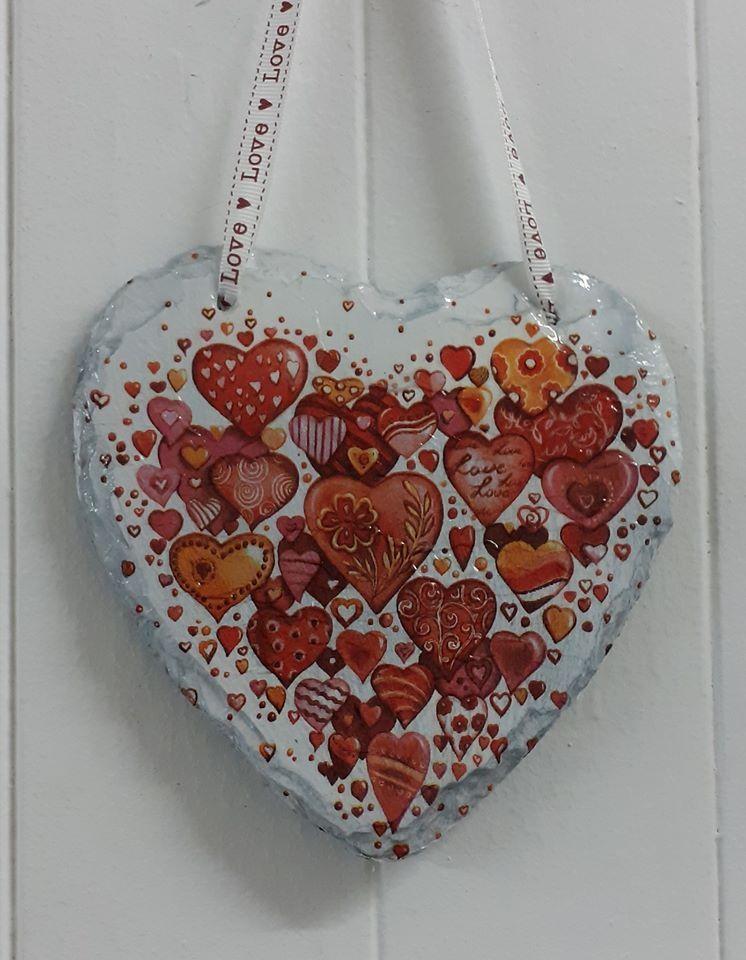 Decoupage Slate Hanging Heart - Valentine Hearts Design