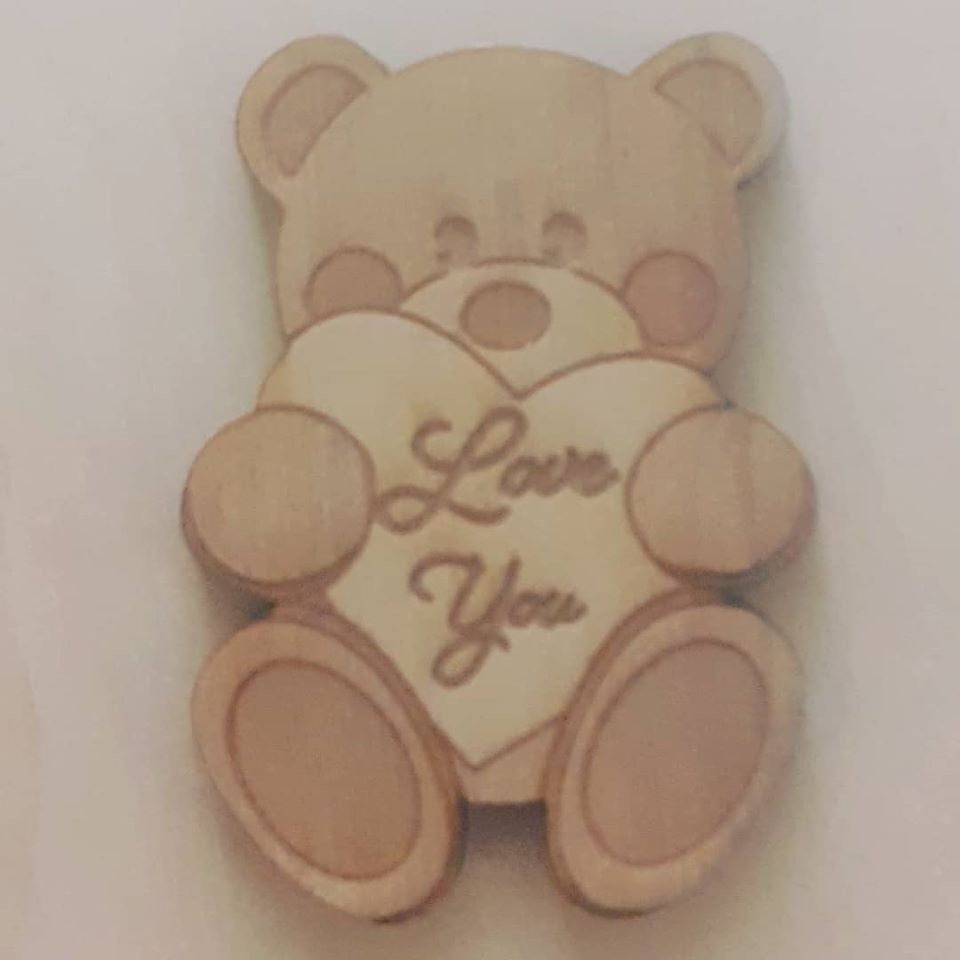 Wooden Mini Badge - Love You Bear Hug