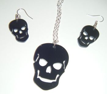 Gothic Skull Earring and Pendant Set Necklace