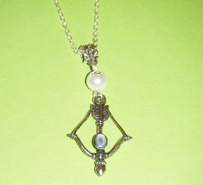 Necklace - bow and arrow, pearl with silver plate necklace