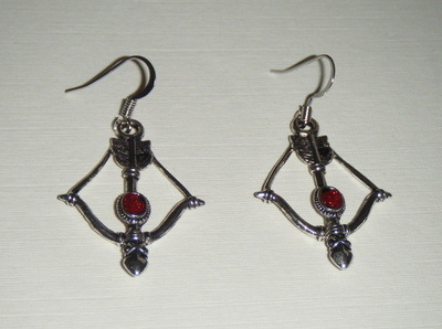 Bow and Arrow with blood drop - Tibetan silver - fan gift