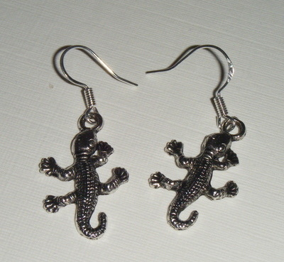 Gecko Lizard Fun Silver tone Earrings