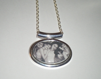 Keepsake Custom Made Personalised Photo Picture Pendant Necklace