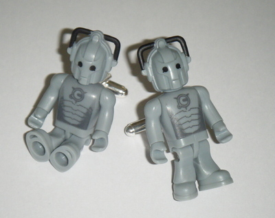 Cybermen Dr who  -  Micro figure Cufflinks