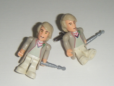 Peter Davidon 5th Dr who  -  Micro figure Cufflinks