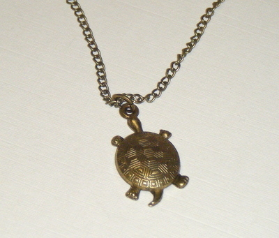 Necklace - Bronze tone - Tortoise or Turtle Pendant