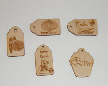 50 x Wooden Mini Gift Tag - Business or Wedding etc