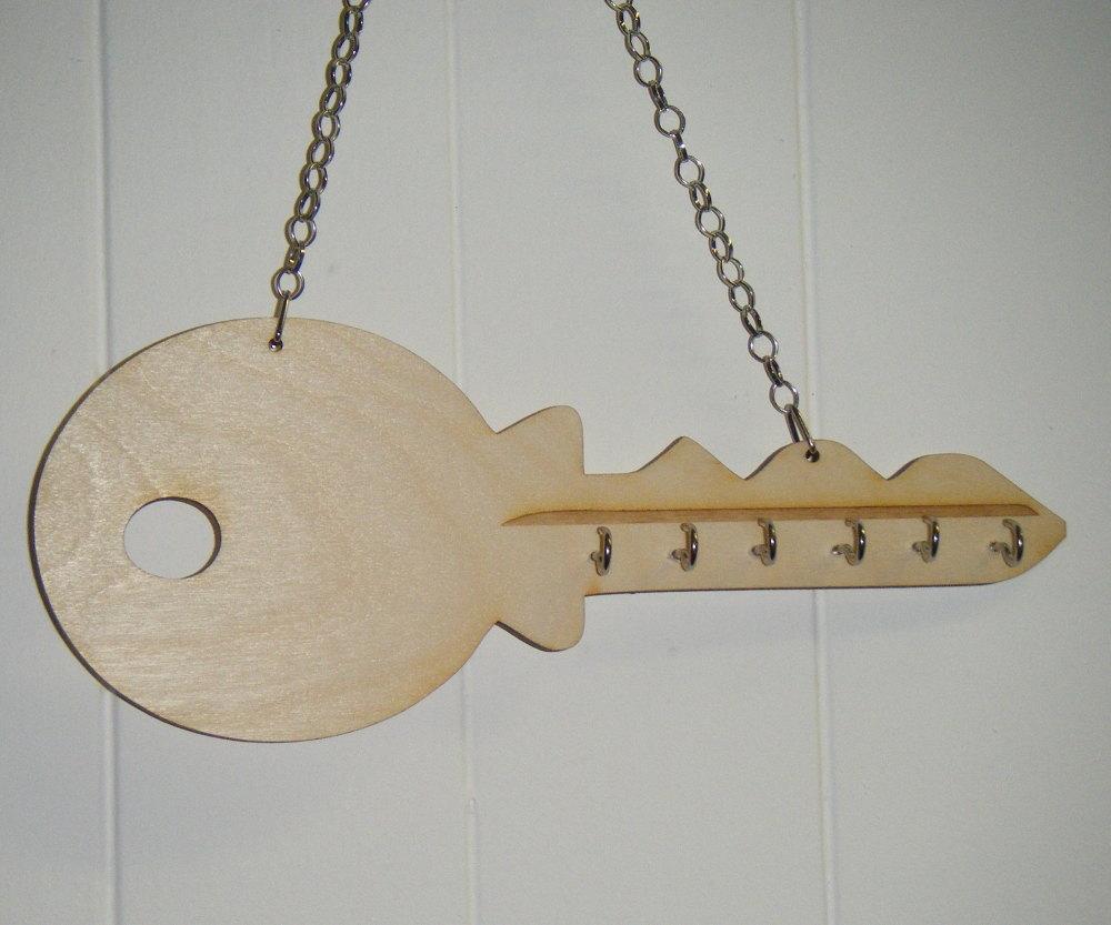 Wooden Keyholder in key shape