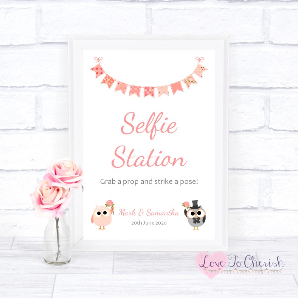 Selfie Station Wedding Sign - Bride & Groom Cute Owls & Bunting Peach   Lov