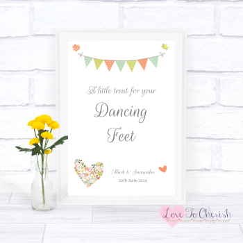 Shabby Chic Flower Heart & Bunting - Dancing Feet  - Wedding Sign