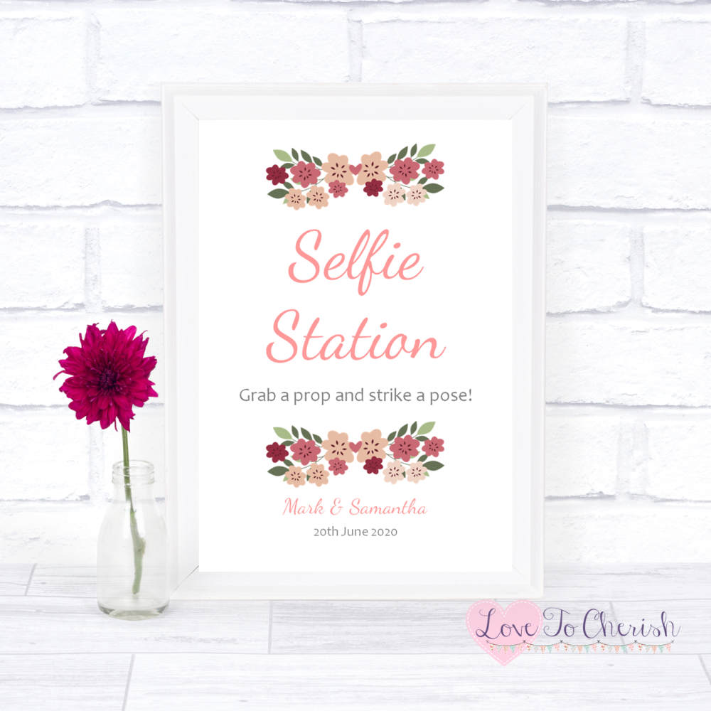 Selfie Station Wedding Sign - Vintage Floral/Shabby Chic Flowers | Love To