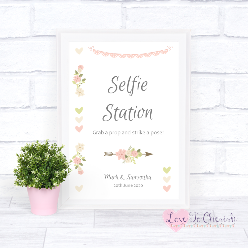 Selfie Station Wedding Sign - Vintage Flowers & Hearts | Love To Cherish