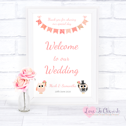 Welcome To Our Wedding Sign - Bride & Groom Cute Owls & Bunting Peach | Lov