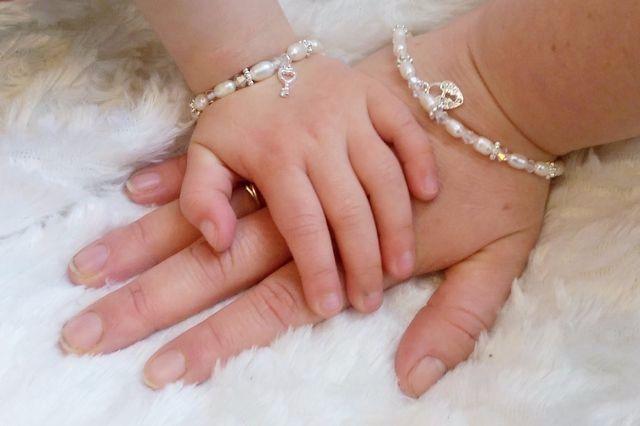 KAYA - infinity-mom-me-bracelets-infinity-white-butterfly