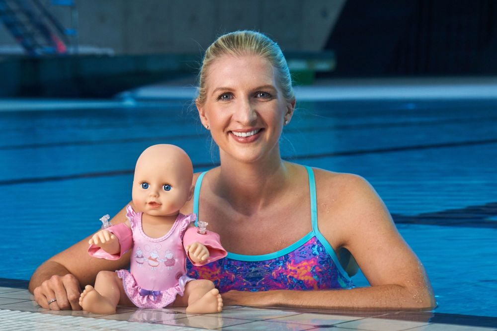 Rebecca Adlington launches Baby Annabel Learns to Swim. Photos copyright Si