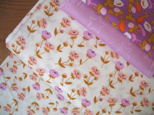 Aneela Hoey Moda Vignette buttercup in pink