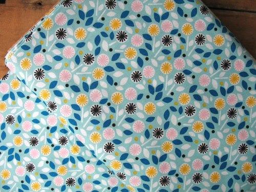 Cloud 9 Organics Glint floret in turquoise