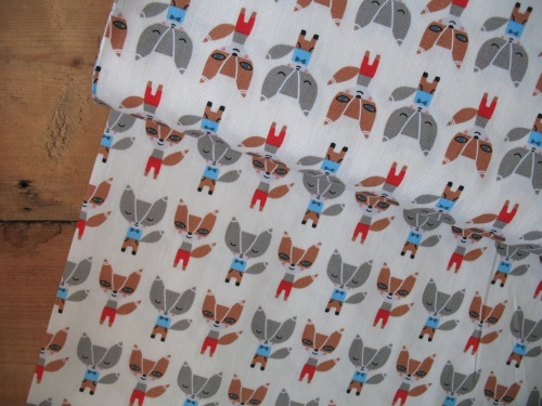 Suzy Ultmans minis Foxes - ready to party