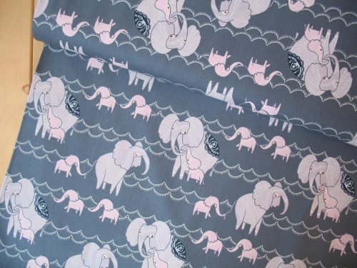 Dear Stella Dreamscape countng Elephants in pewter