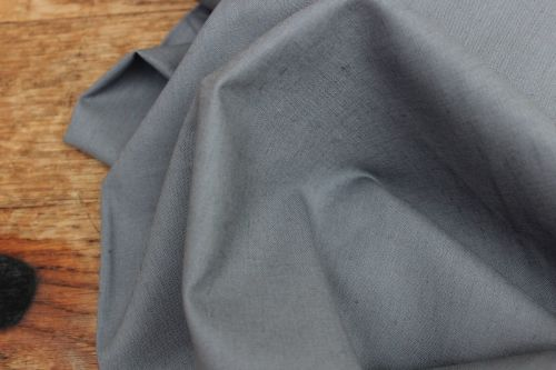 Robert Kaufman Essex LINEN in GRAPHITE