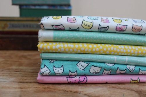 Mini Cloth stack Cat Naps