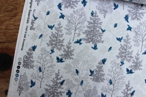 Freespirit fabrics Mid - Century Christmas, snowbirds on silver