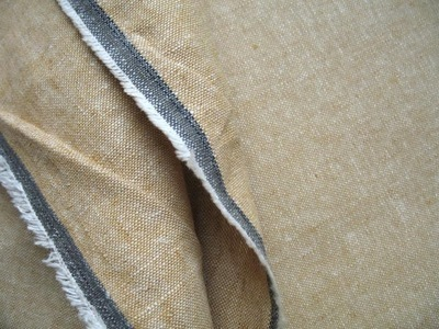 Robert Kaufman Essex  YARN DYED LINEN leather