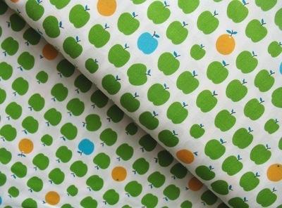 Sevenberry green apples on white