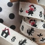 Kokka Linen tape Little red riding hood