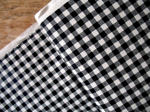 Sevenberry natural gingham print on heavier weight