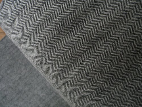 Robert Kaufman Shetland FLANNEL herringbone in grey
