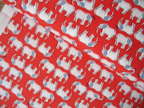 Sevenberry Japan Sketchy elephant on red