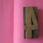Robert Kaufman Essex LINEN in Pink