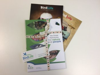 Give a gift membership to the World Bird Club