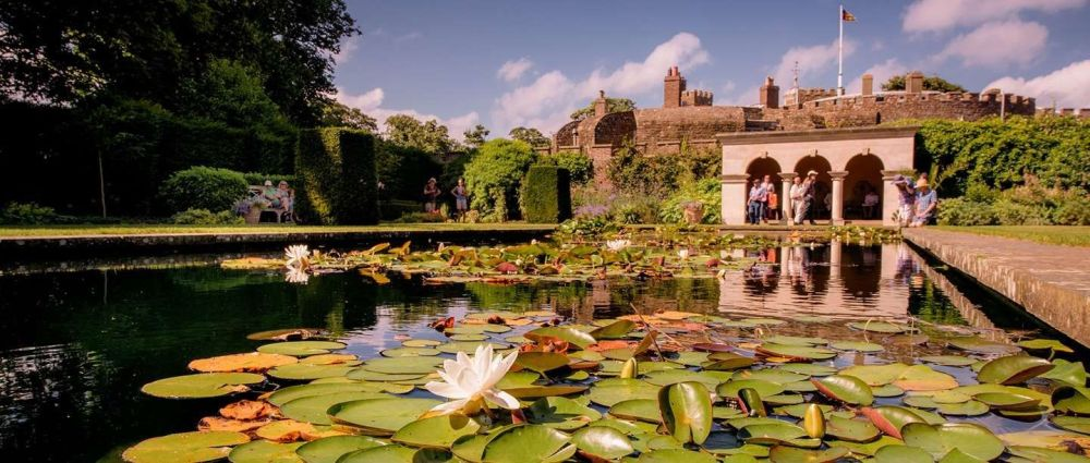 Click here to join English Heritage today
