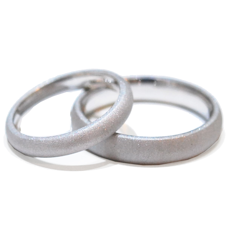 handmade wedding ring set with sandblast finish
