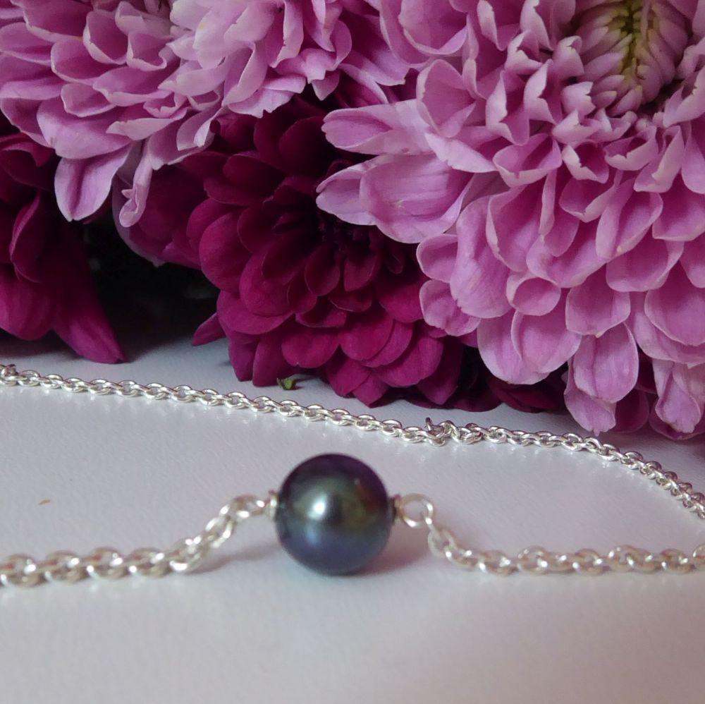 Floating Black Pearl Bracelet