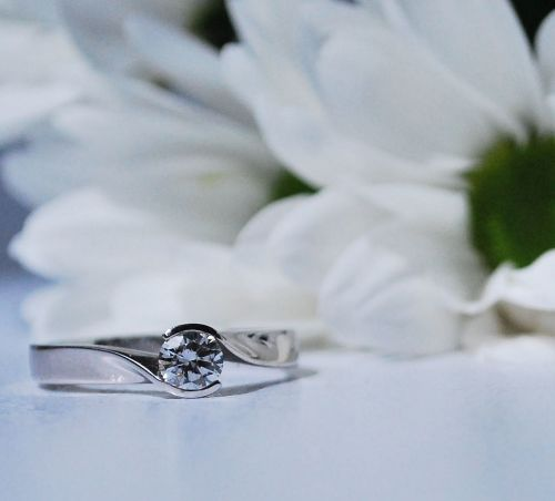 Rivoir white gold diamond engagement ring