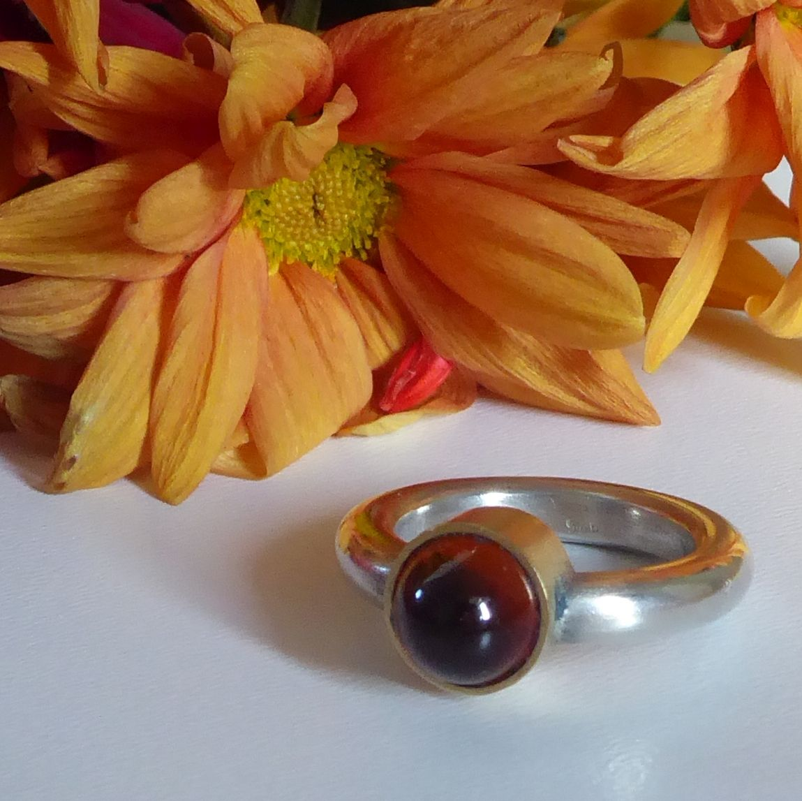 Amber, silver and gold ring