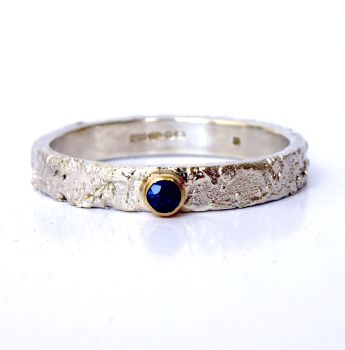 Rivda Sapphire Ring
