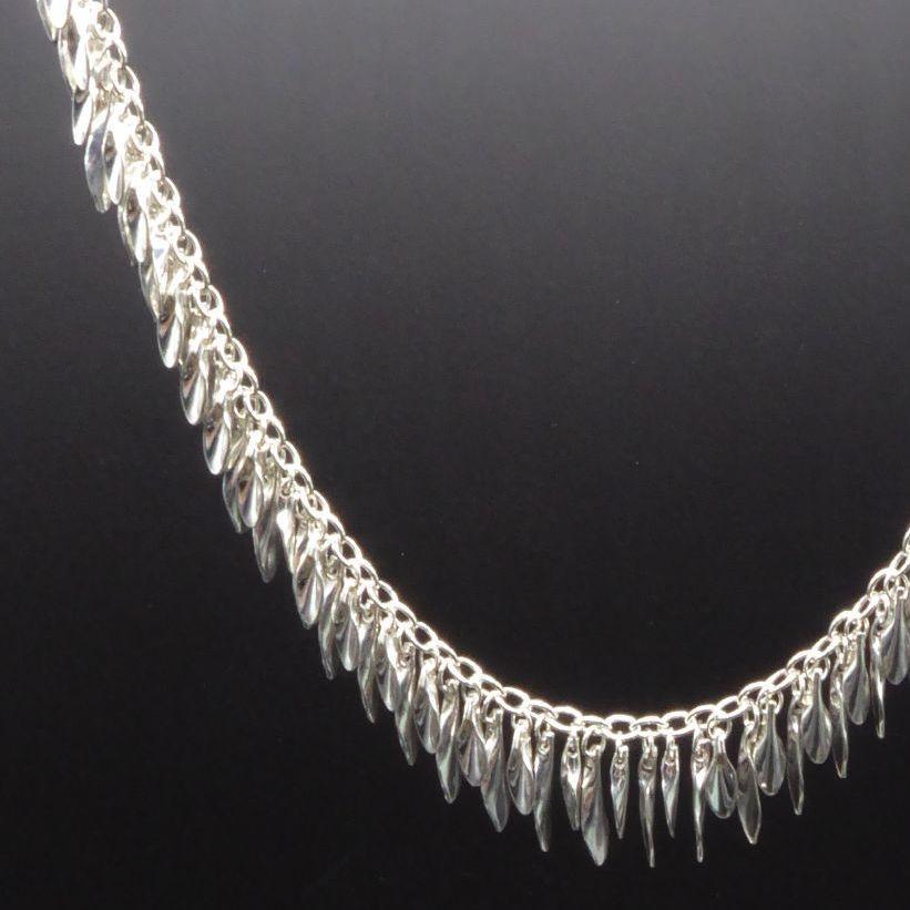Shimmer Tassel Leaf Necklace
