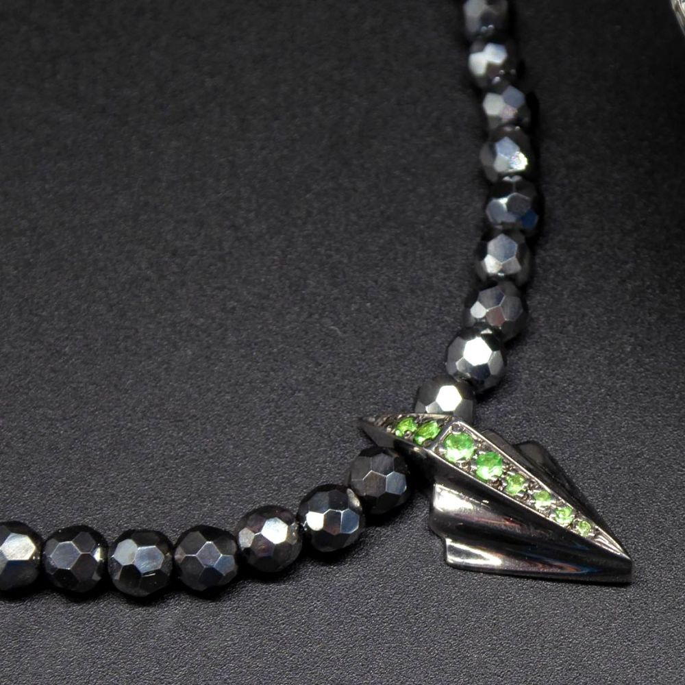 Green and Black Art Deco Tsavorite Gemstone Necklace